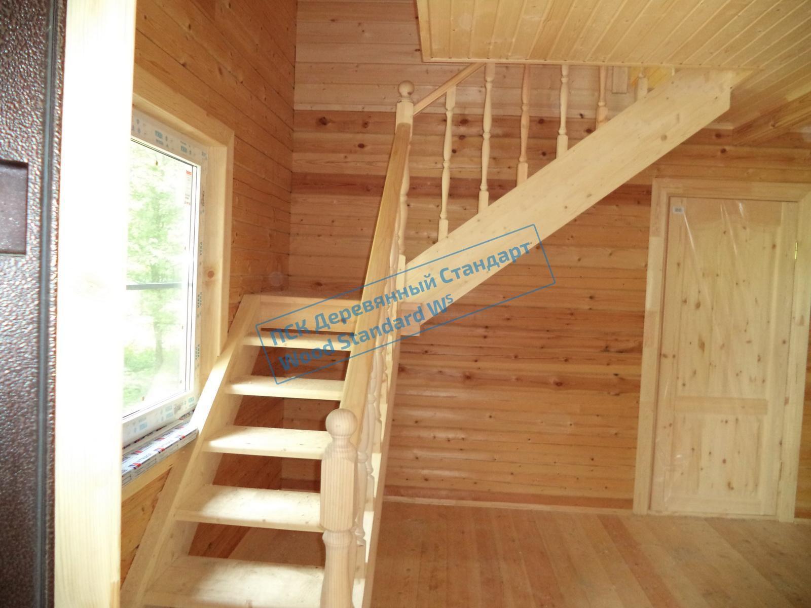 Установка лестницы в брусовом доме